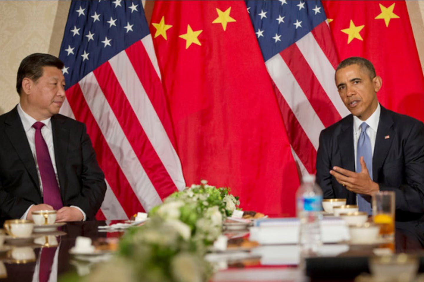 Obama and Xi meeting in the Netherlands