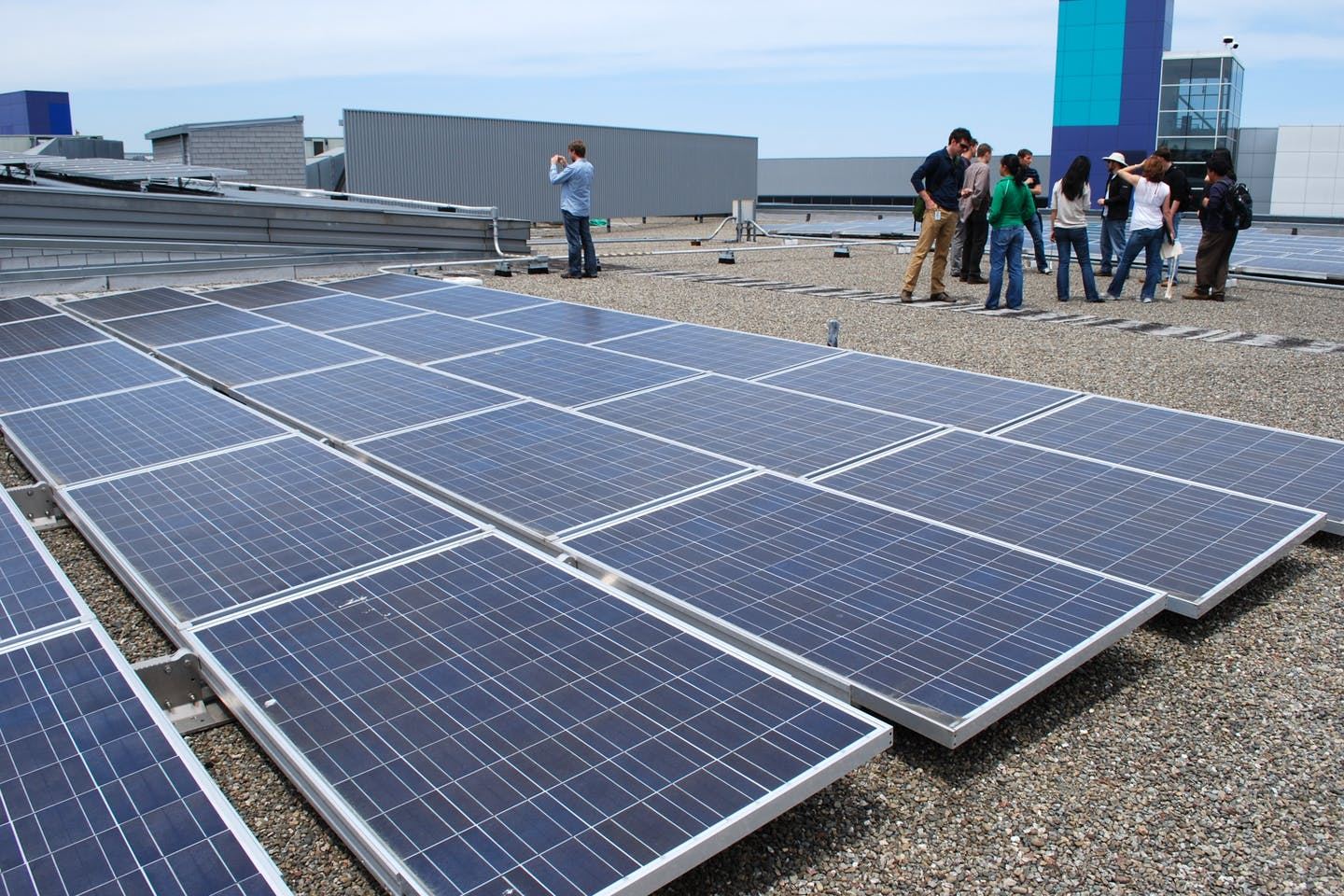Rooftop solar panels at the Google office in California