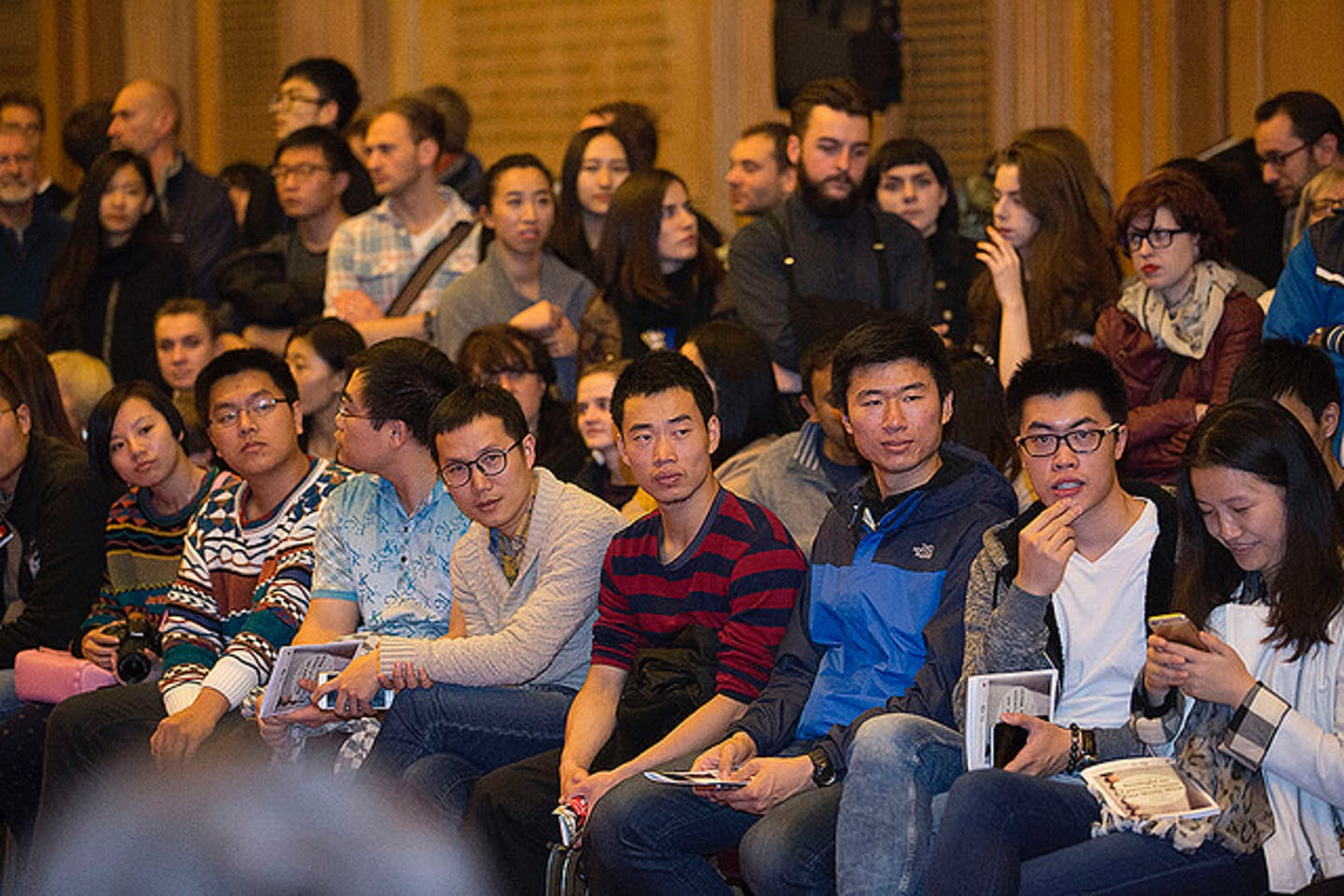 UK Chinese young students
