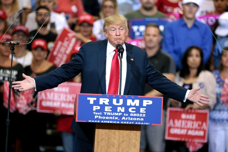 trump at phoenix rally