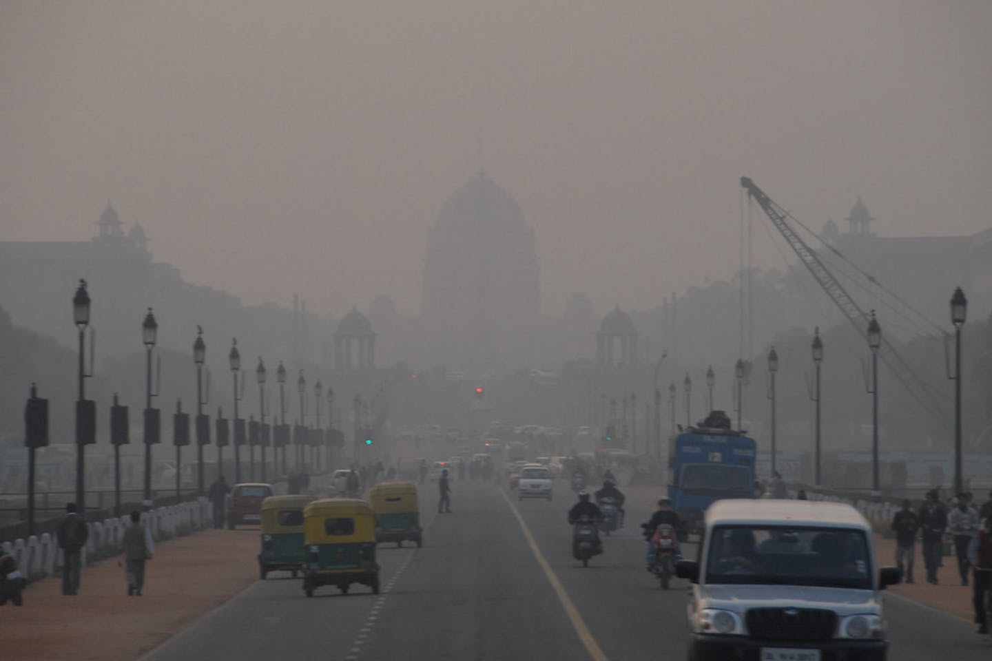 Smog in Rajpath, New Delhi