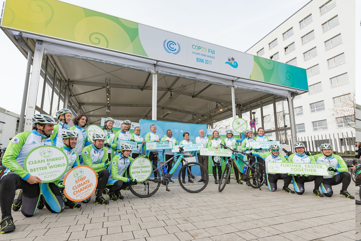 COP23 Espinosa with cyclists