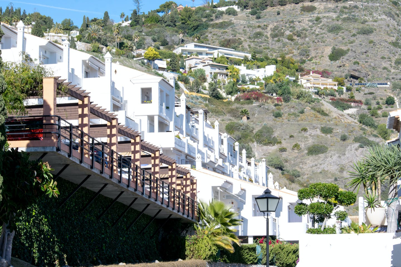white spanish buildings