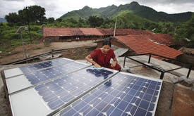 IEA: Renewables investment in India topped fossil fuels for first time in 2017