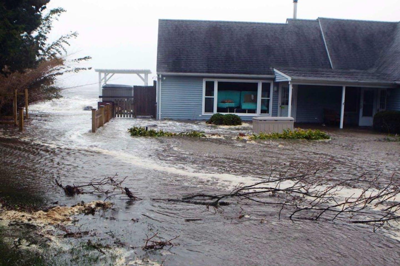 House in a flood
