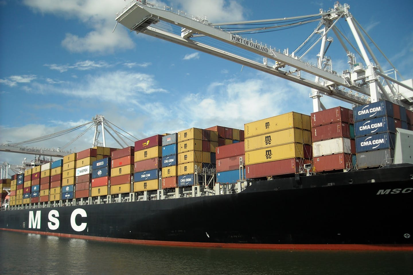 A container ship msc