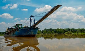 Sand mining 'mafias' destroying environment, livelihoods: UN