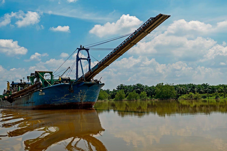 sand dredge boat in Perak
