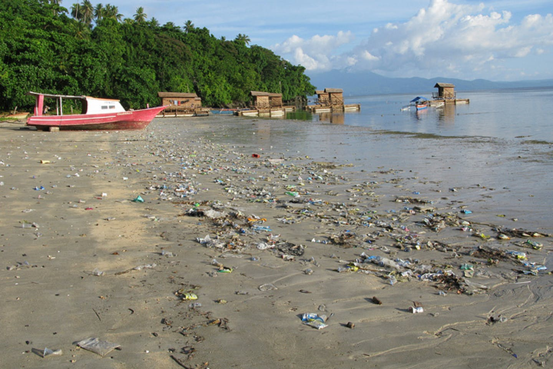 Plastic on Bunaken Beach