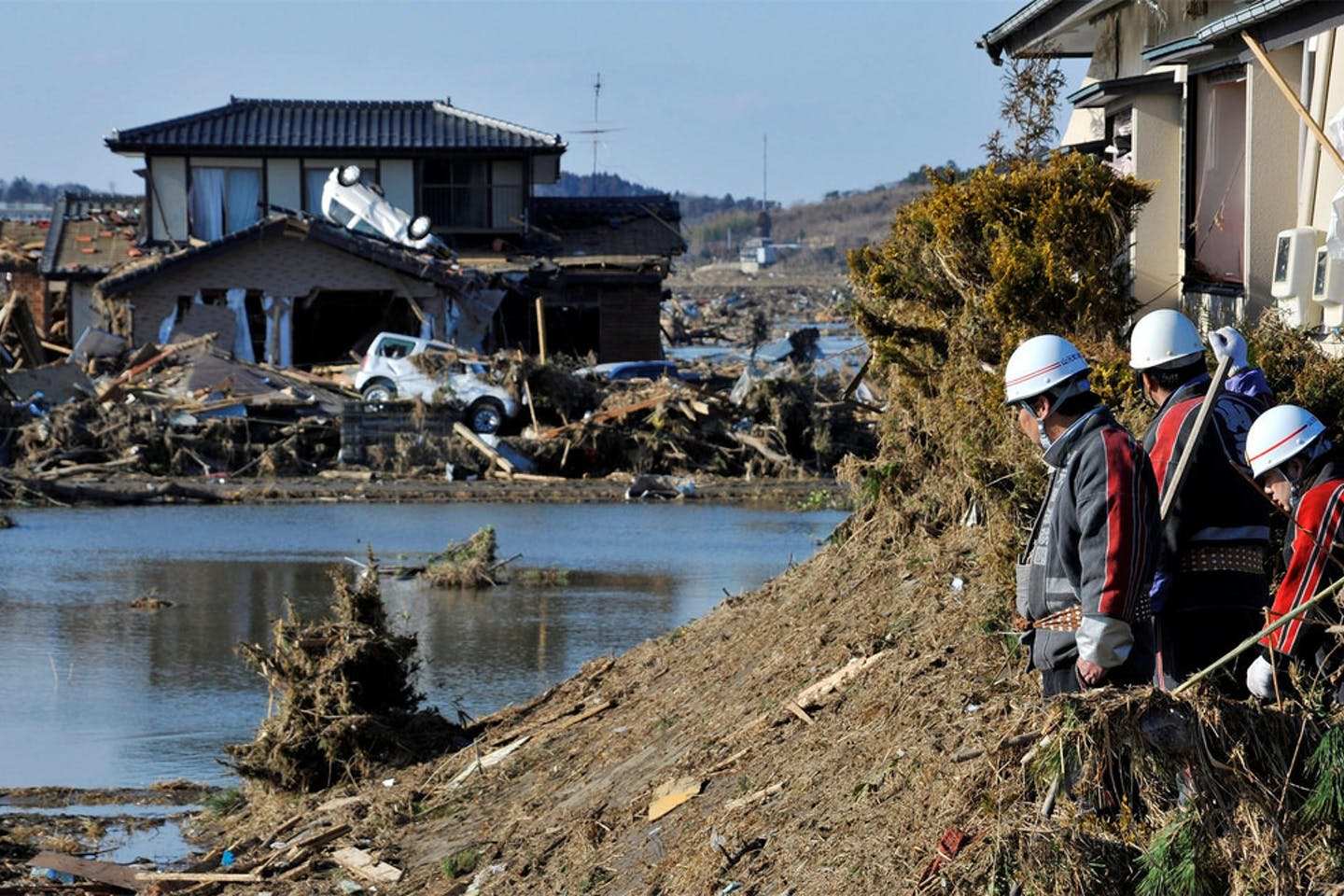 recovery efforts after the 11 March 2011 earthquake and tsunami disaster