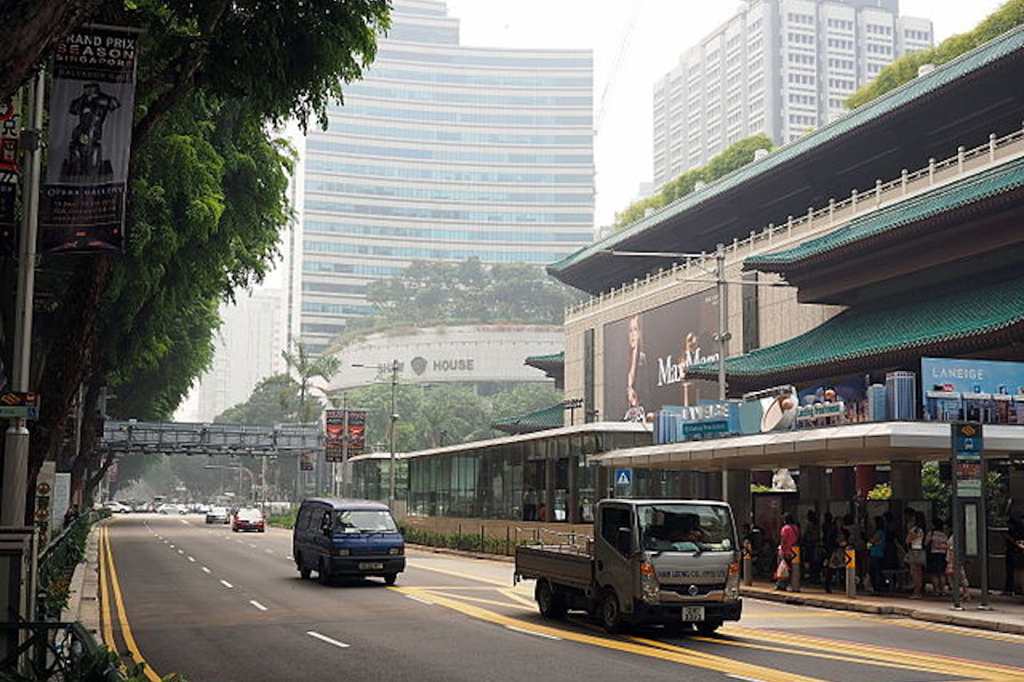 Haze in Orchard Road Singapore
