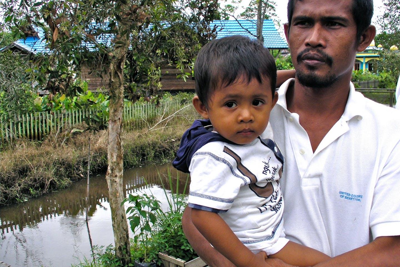 A member of the Sekonyer Community in Kalimantan, Indonesia