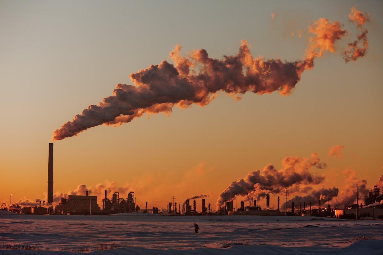 Fossil fuel plants in Alberta, Canada