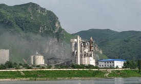 Can the global cement industry cut its carbon emissions?