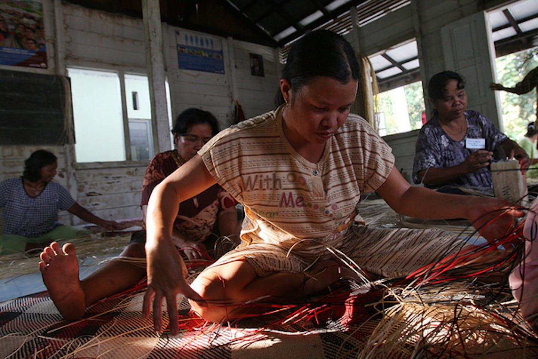 women mat weavers