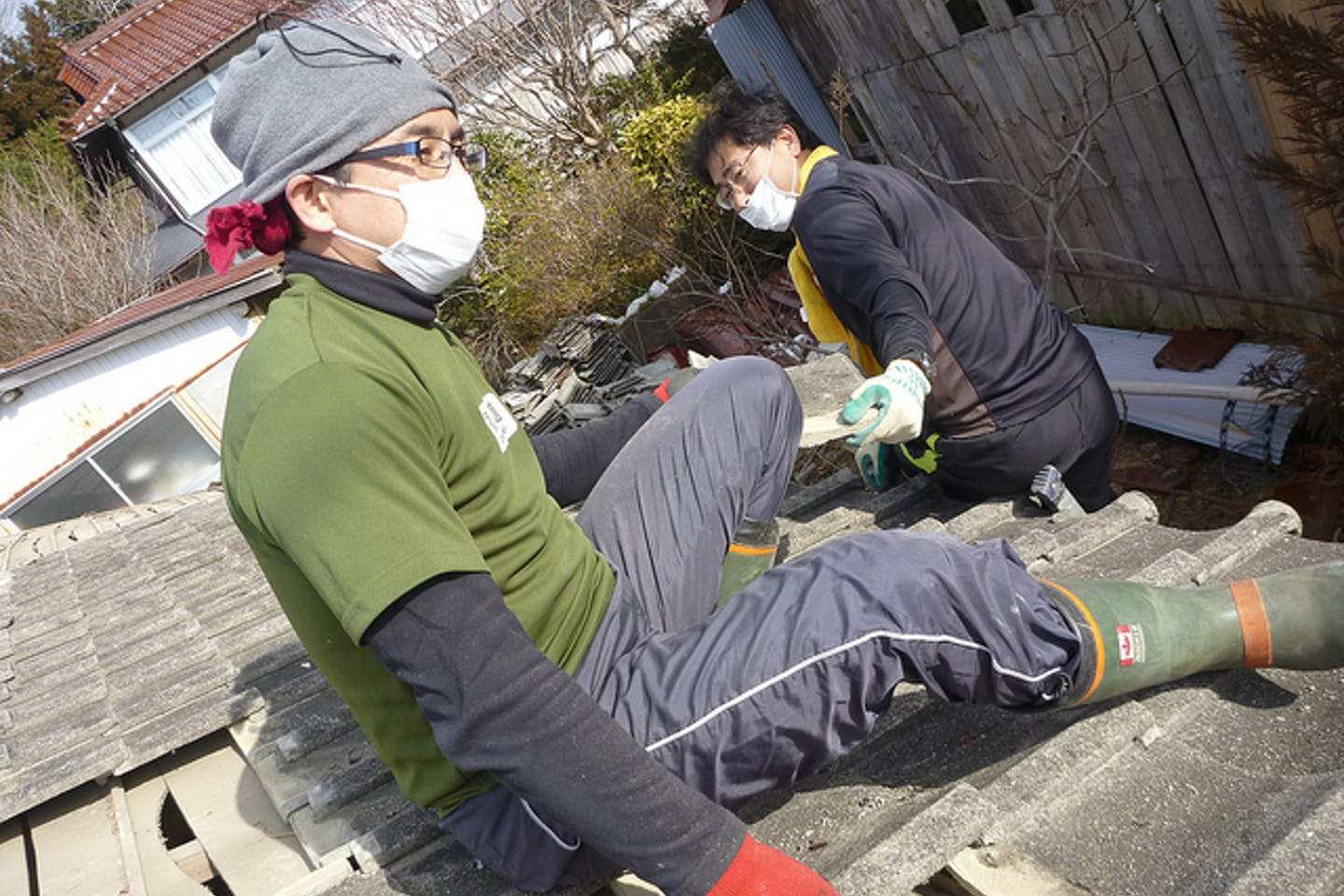 residents volunteer to clean up after fukushima tsunami and nuclear disaster