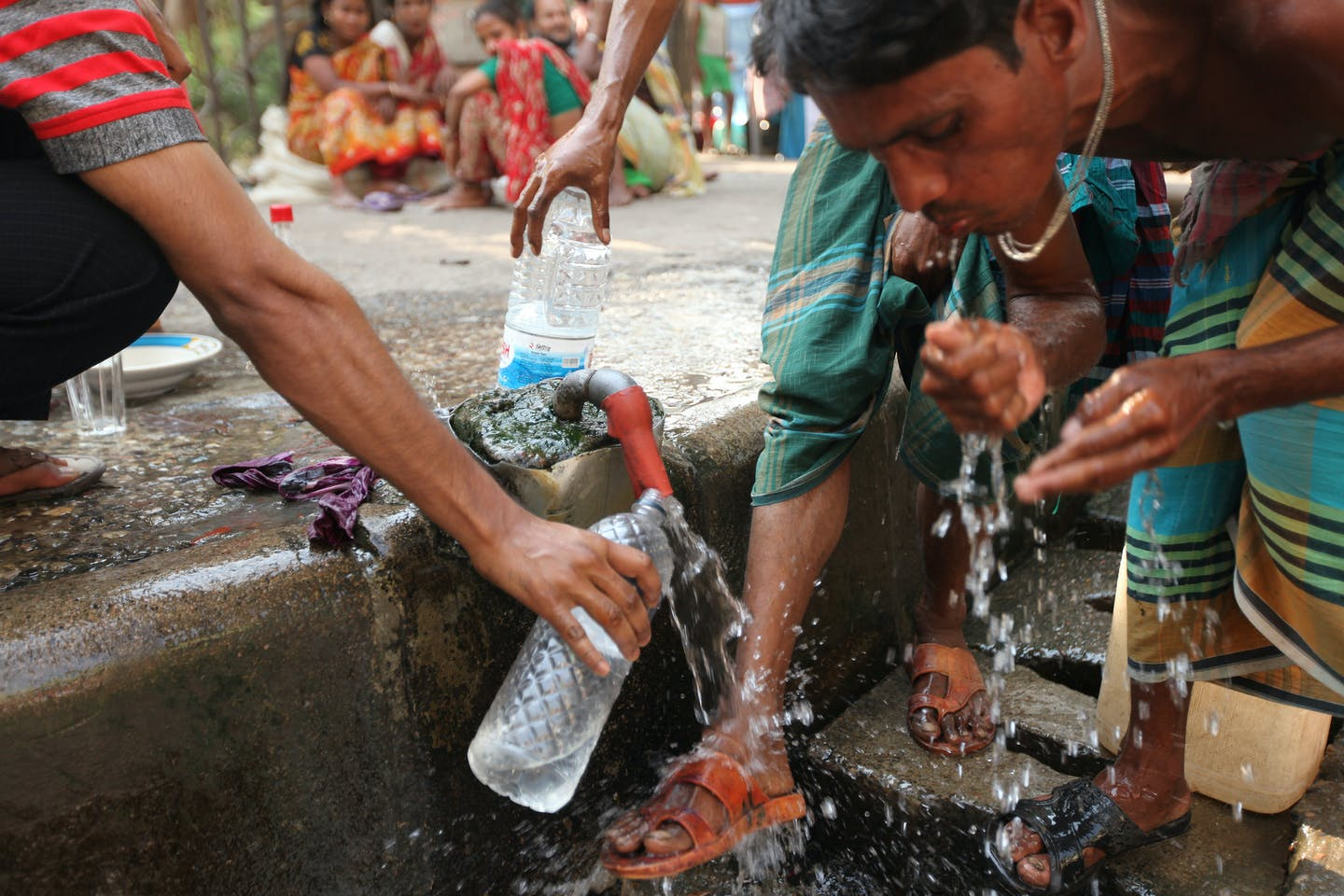 bangladesh road tap water 2