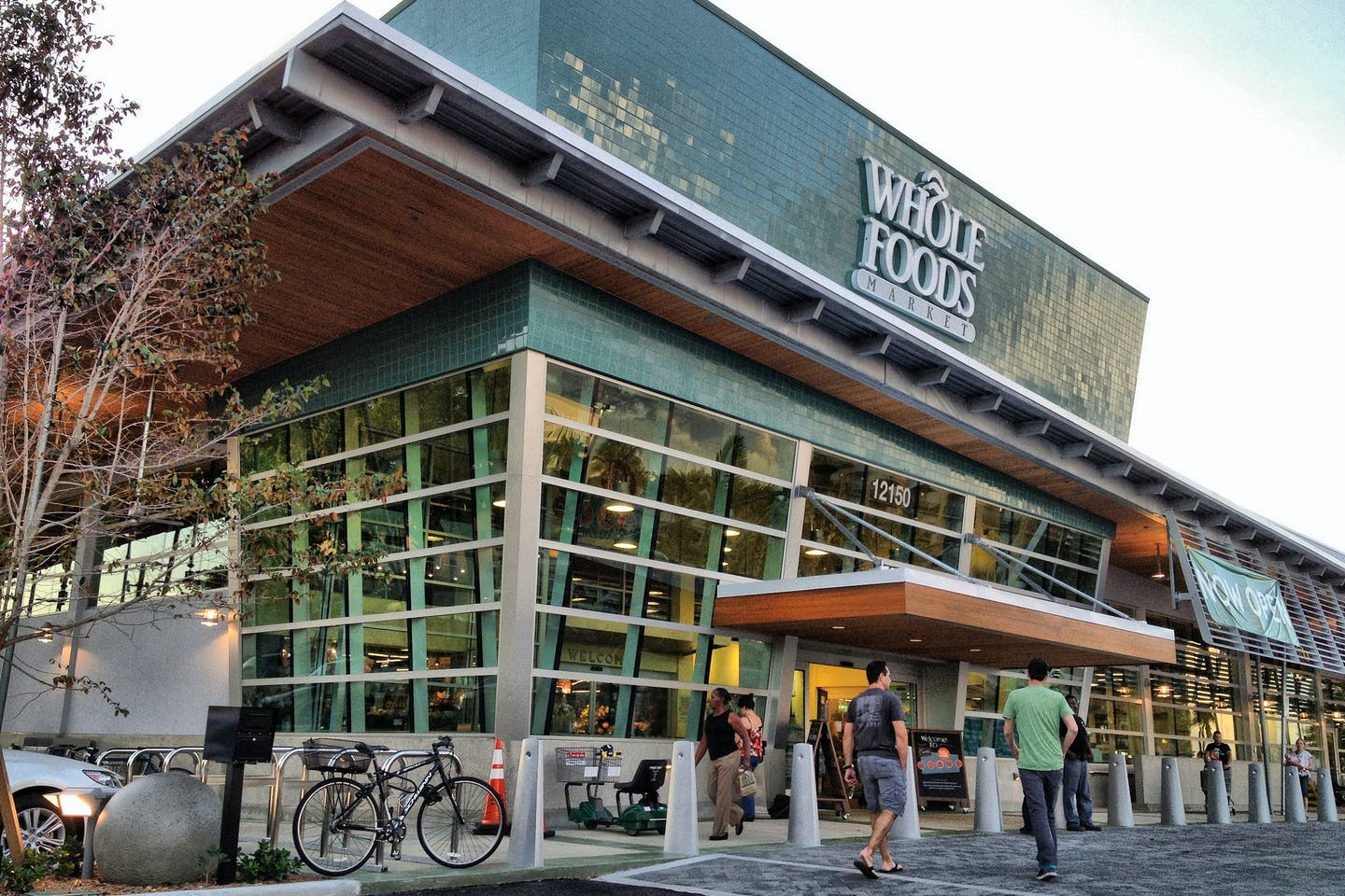 whole foods supermarket
