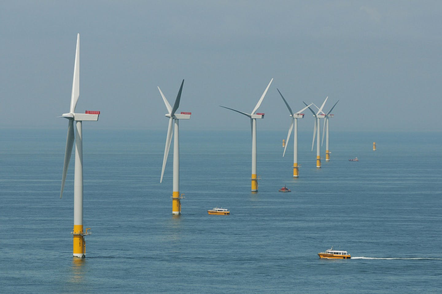 offshore wind farm suffolk england