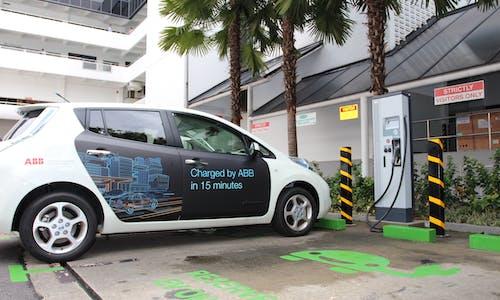 Speeding up e-mobility adoption in Singapore