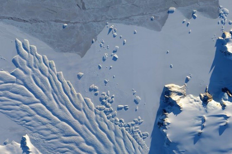 Arctic ice methane leak