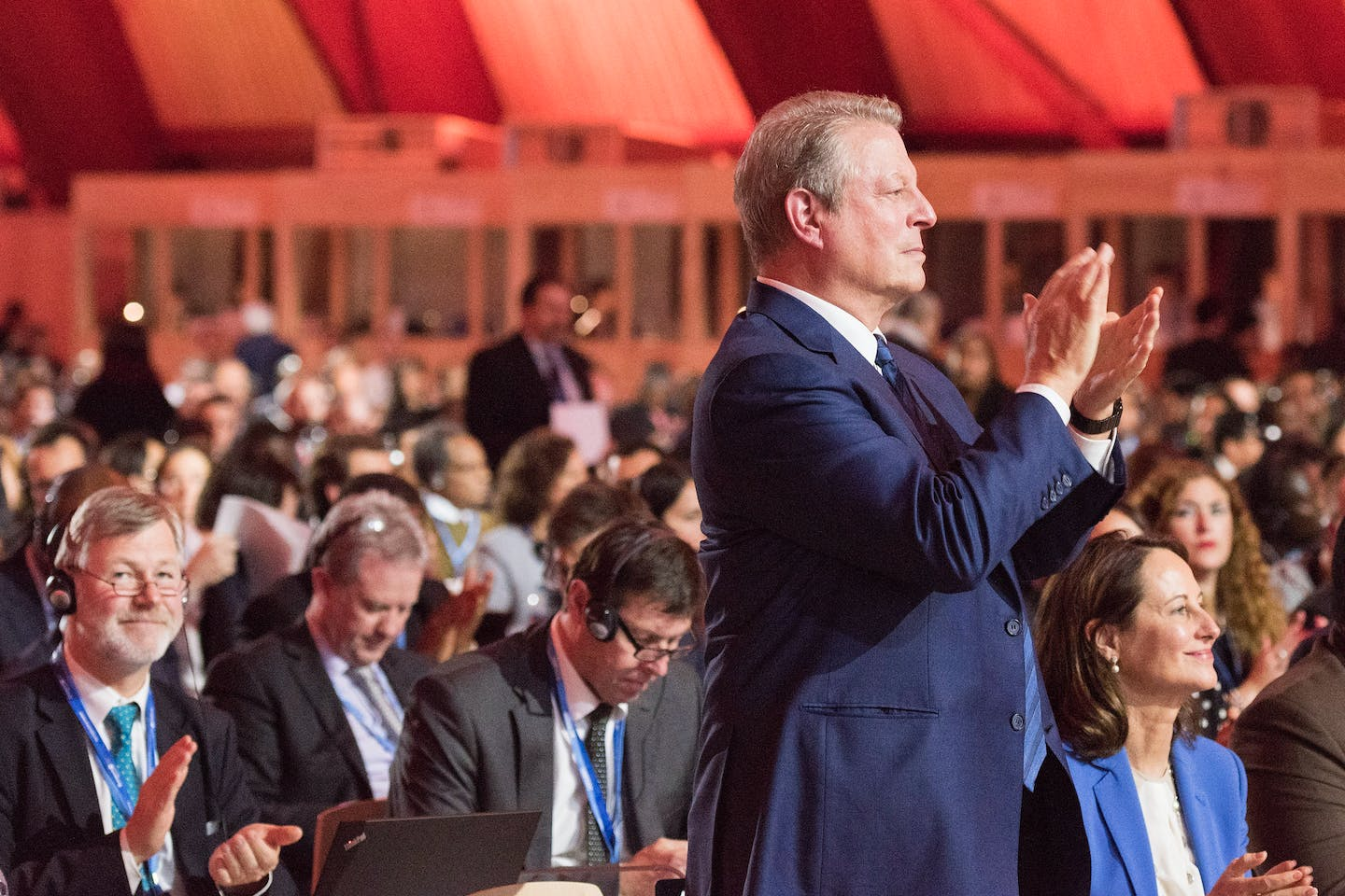 al gore applauds COP21