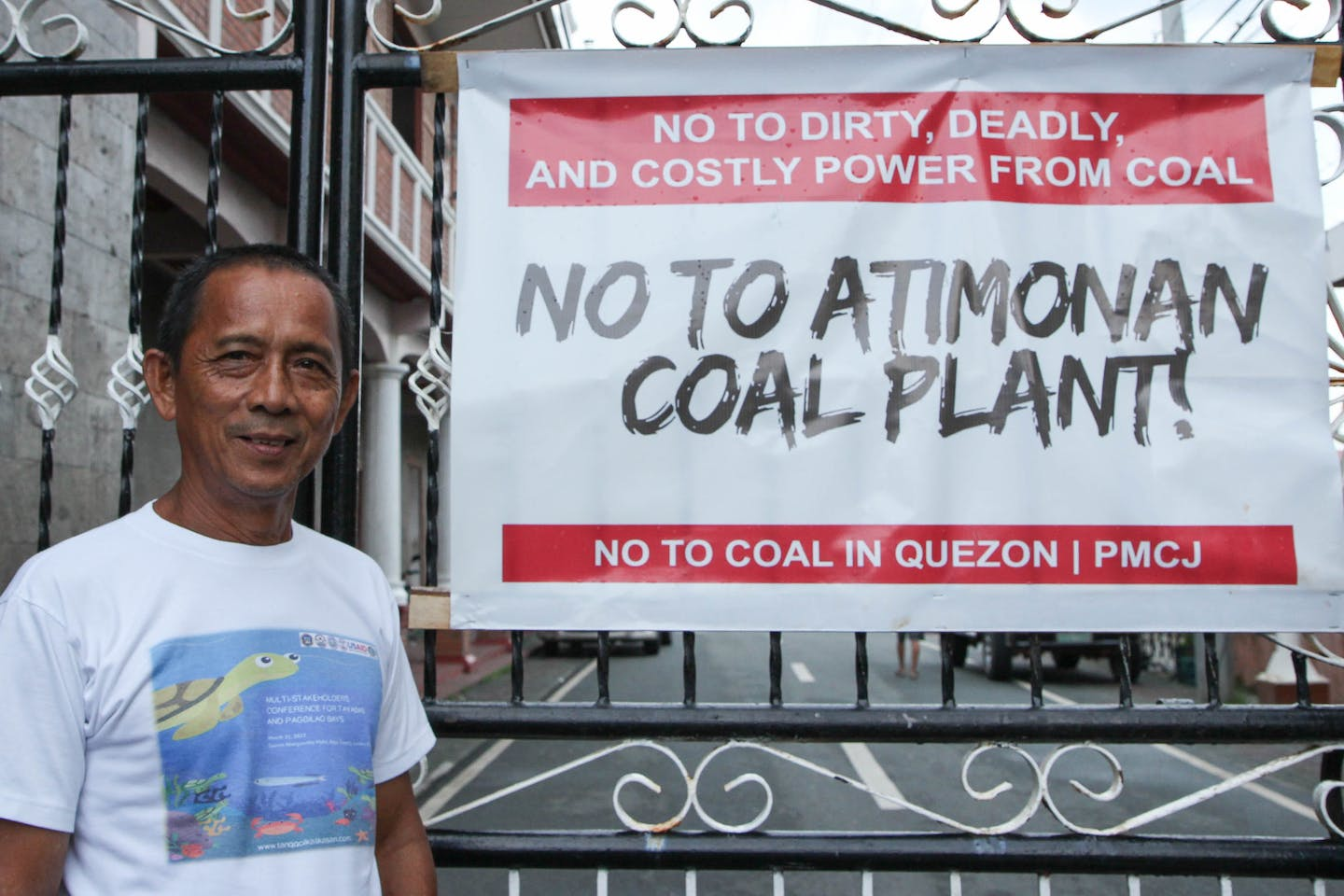 Ramon Grimaldo of Tanggol Kalikasan reiterates the harmful effects that coal plants pose on the environment, particularly to the ocean and the creatures living in it.