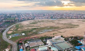 Why is Phnom Penh so obsessed with filling lakes?