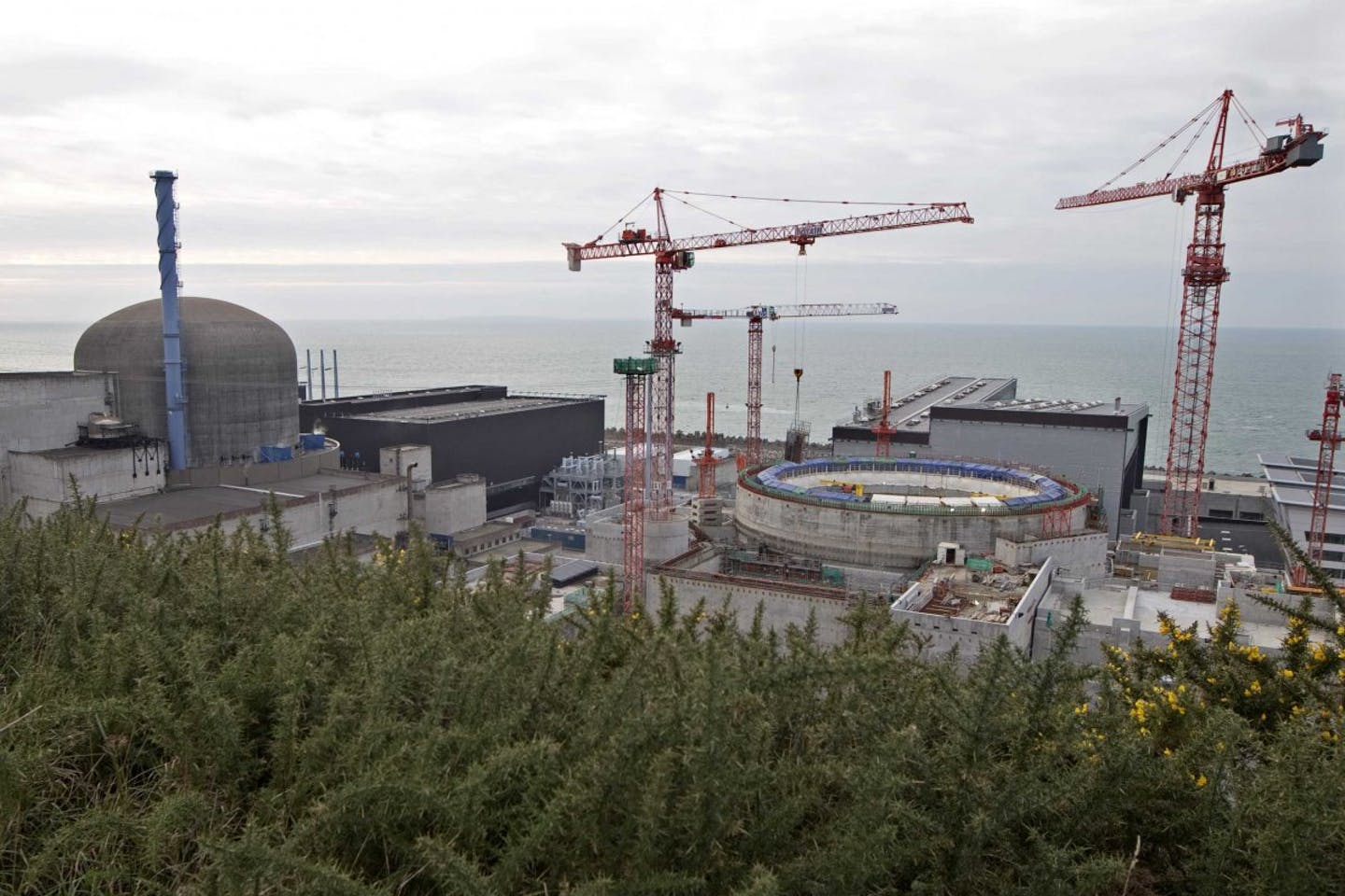 nuclear reactor flamanville