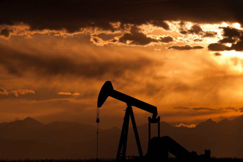 fracking drilling