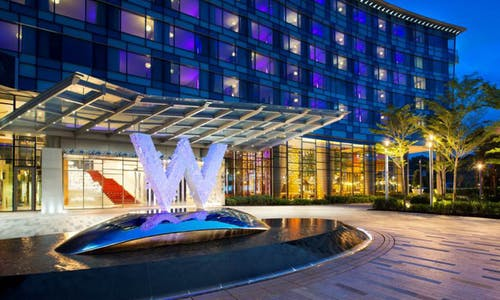 W hotel Singapore: combining sustainability and comfort