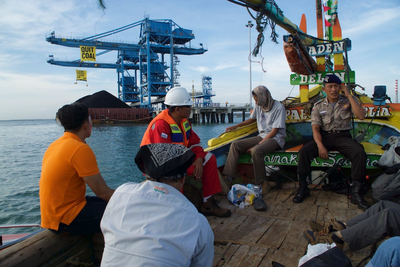 activists block loading of coal in West Java