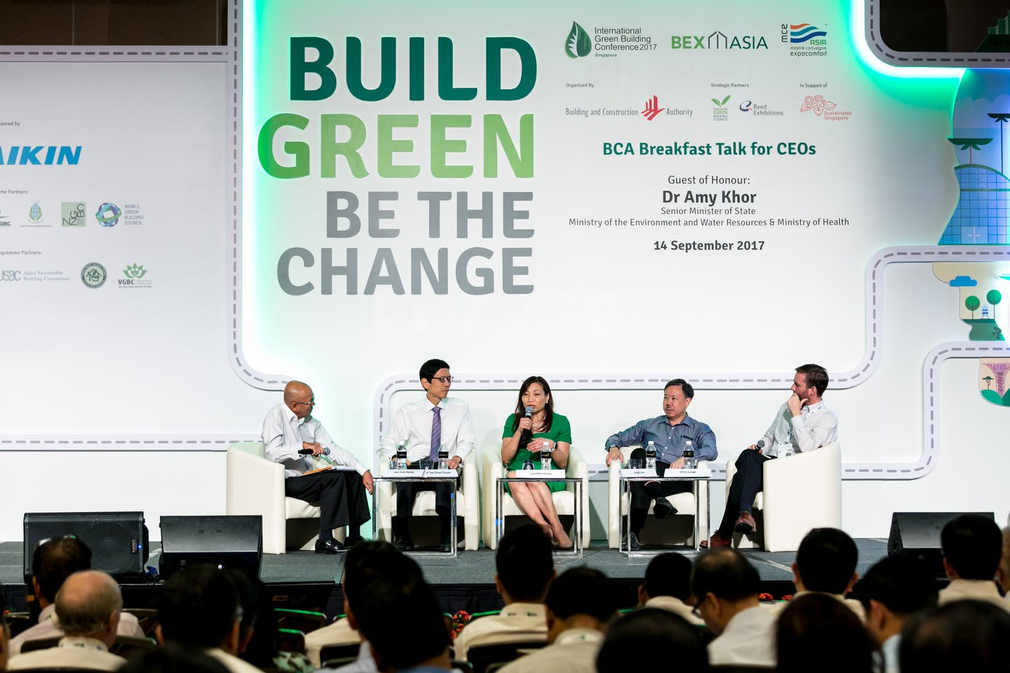 CapitaLand Commercial Trust speaking on a panel at the BCA Breakfast Talk for CEOs. Image: BCA