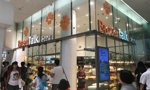 Singapore F&B retailers show slow progress in reducing plastic consumption