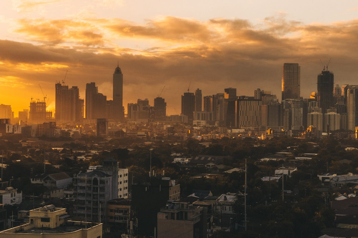 Manila skyline on Unsplash