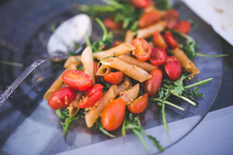 pasta tomato arugula
