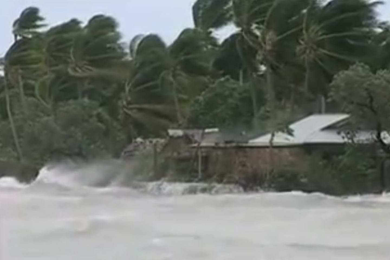 kiribati storms