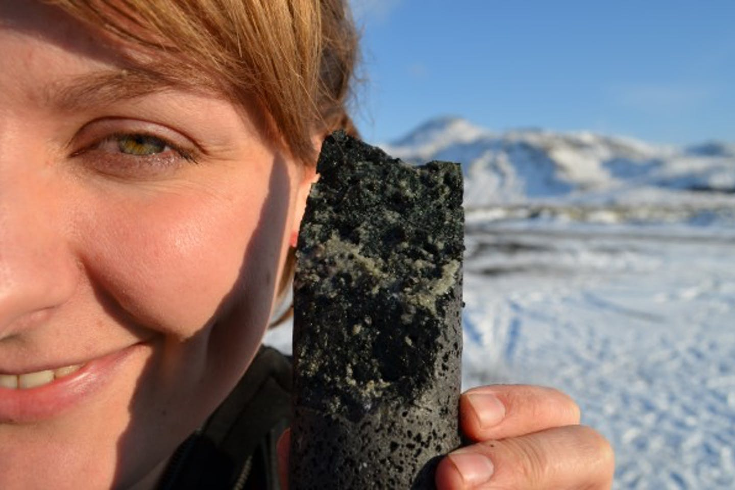 carbon emissions turn into stone