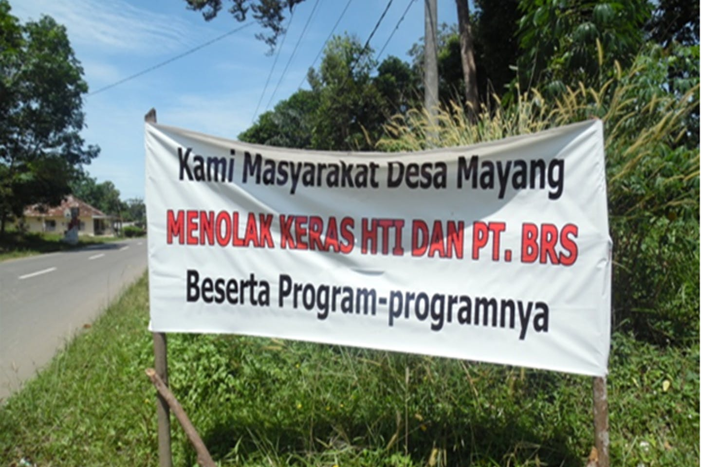 he reasons for the rejection include the absence of meaningful consultation about BRS's industrial plantation development plans and failute to request or get approval from these communities for the development of an Industrial Timber Estate on community owned land. The socialization arranged by BRS in August 2015 in Air Gantang village involved intimidation by the national police and army.