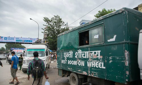 Think bigger on small sanitation projects to reach the urban poor