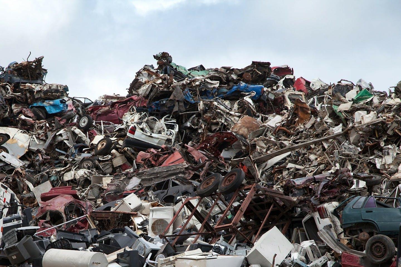 scrap yard pixabay