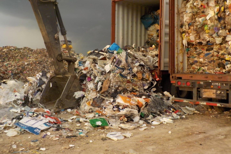 plastic waste canada