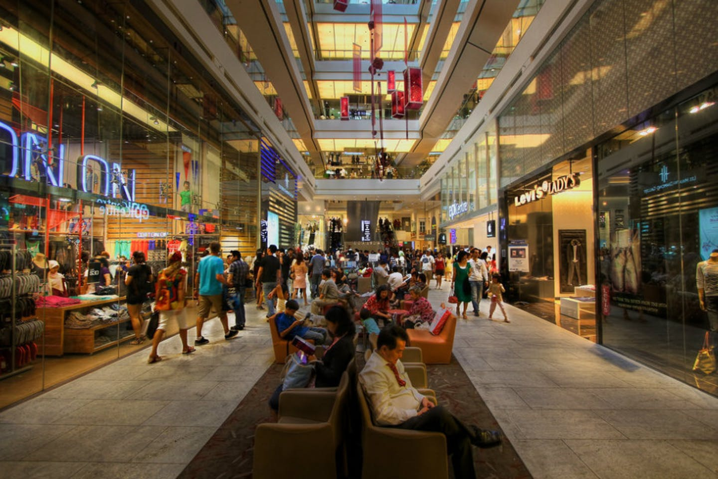 """A shopping mall in Singapore. More than half of Singapore consumers believe businesses have a responsibility to ensure their supply chains are free from environmental harm or negative social practices. Image: <a href=""""https://www.flickr.com/photos/levoodoo/4391795562/"""">Lip Jin Lee</a>, <a href=""""https://creativecommons.org/licenses/by-nc/2.0/"""">CC BY-NC 2.0</a>"""