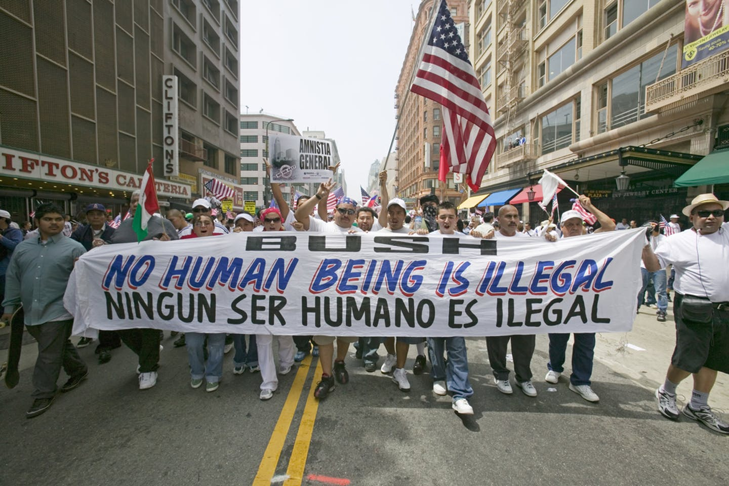 USA illegal immigration march