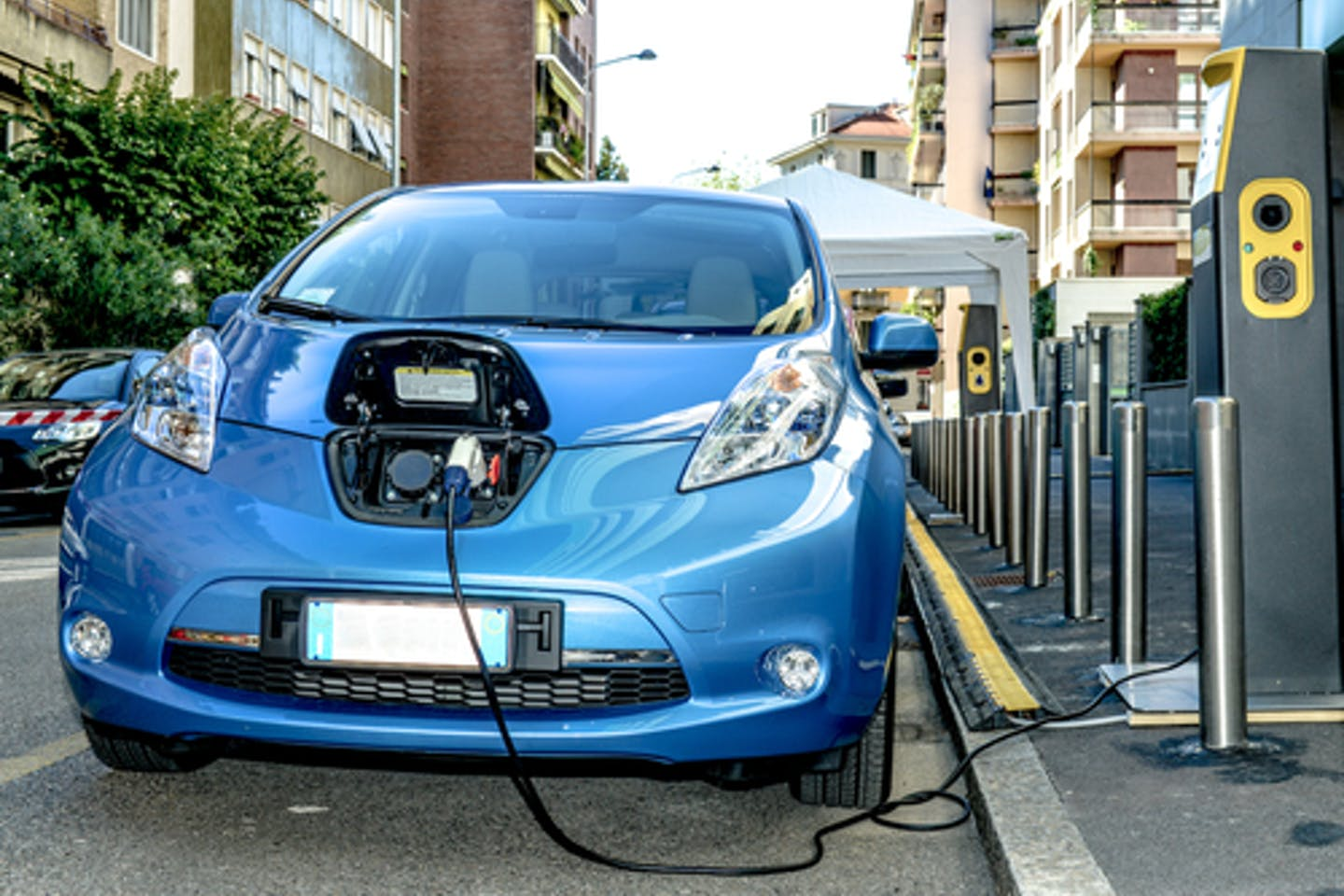 Busting electric car myths