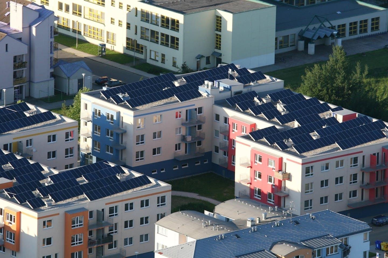 Secondary markets for solar panels