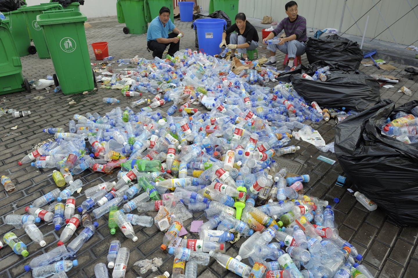 shanghai workers bottles