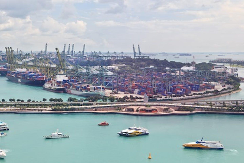 spore shipping port