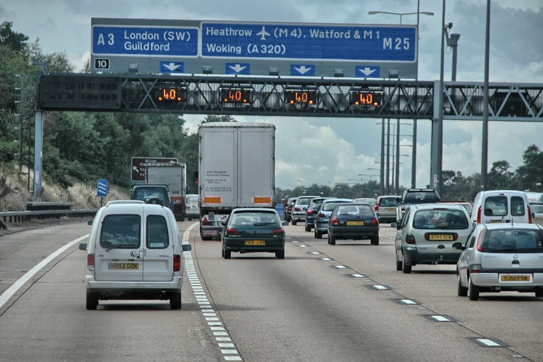 traffic to heathrow