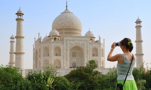 Climate change means less food, fewer tourists for India